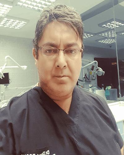 Dr. Cüneyt Bosna